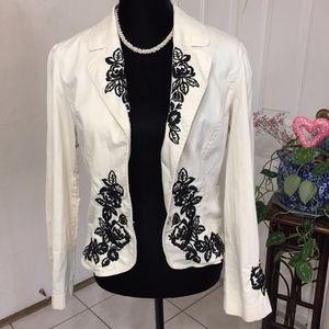 White House Black Market Embroidered Blazer (B7)